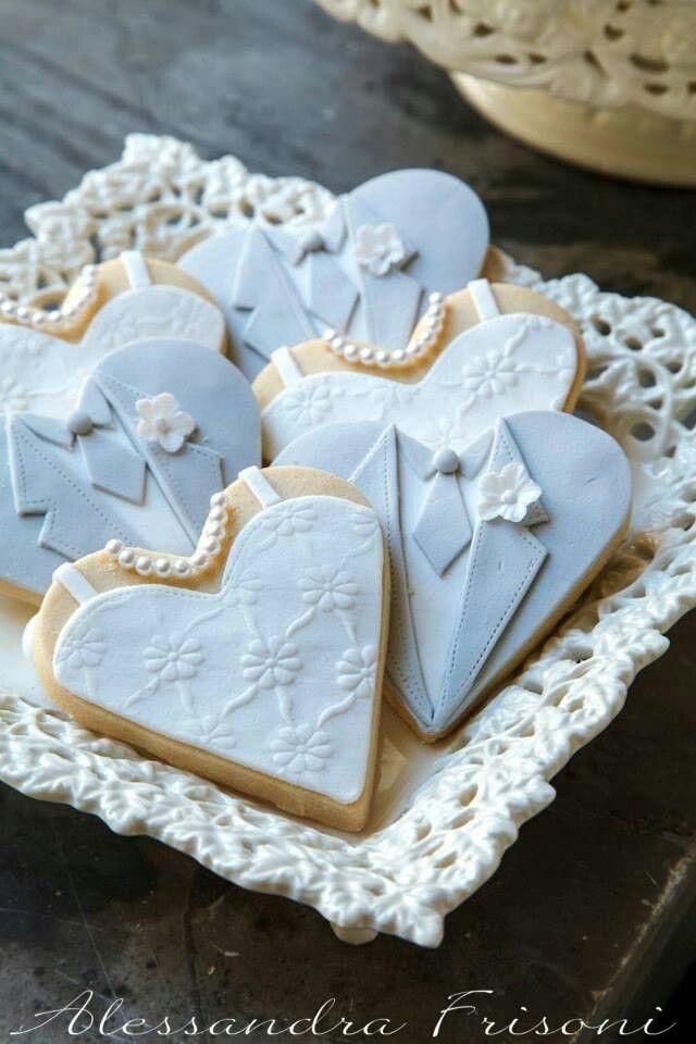 Bride and groom cookies. Very nicely done.