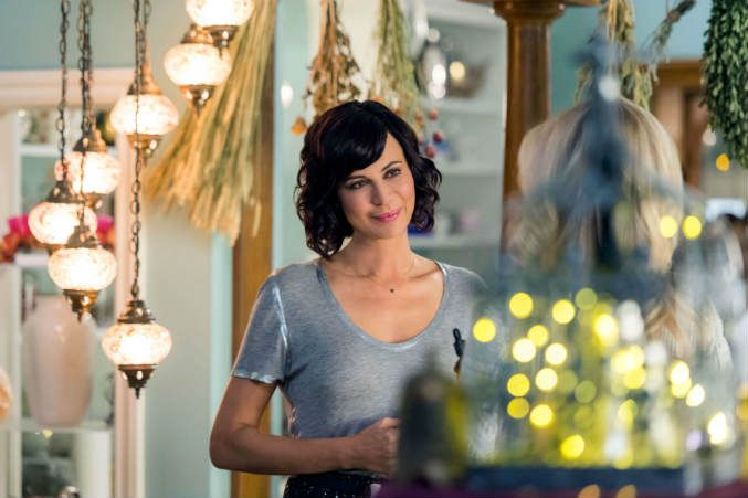 Good Witch Season Two Premiere Review – A Charming Hallmark Series