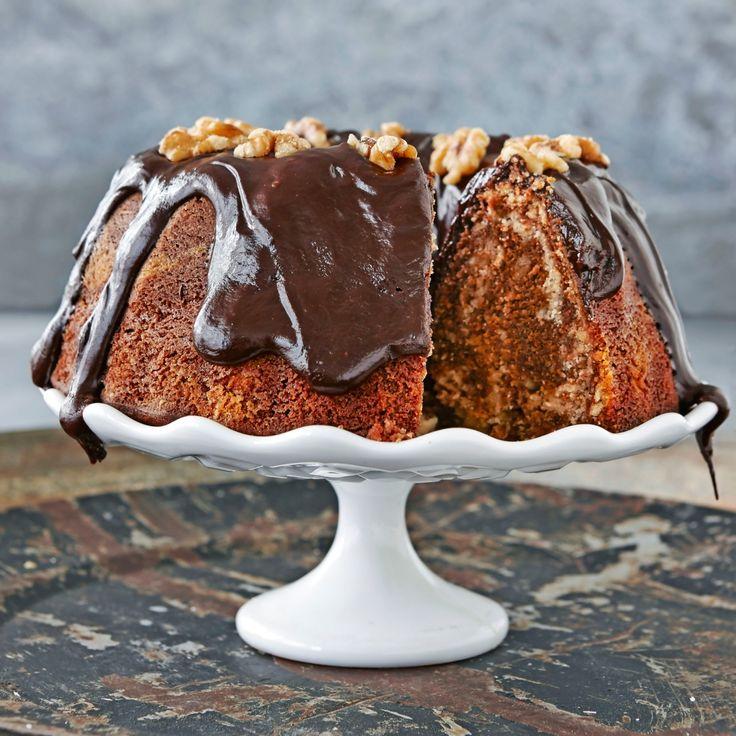 En maffig kaka med smak av choklad, kaffe, vanilj och valnötter.
