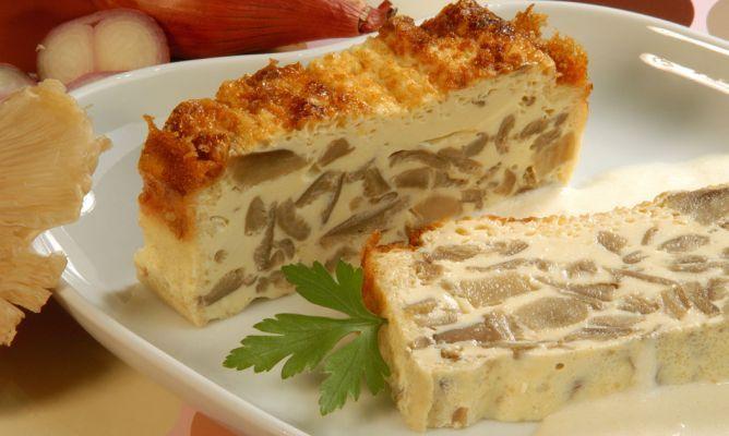Receta de Pastel de setas con salsa de queso