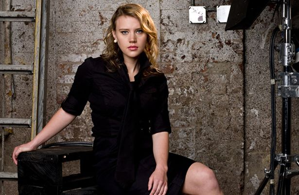 Kate McKinnon 1984 (age 28)  SNL has helped launch some of the funniest women in entertainment (especially in the past few years with the likes of Tina Fey and Kristin Wiig), and McKinnon is the latest. She joined the show in April 2012 and has already claimed a spot as one of the most interesting and multi-faceted players in the cast...Gaga, Chris Colfer, SNL's Kate McKinnon Named To Forbes' 30 Under 30 http://www.queerty.com/forbes-30-under-30-2012-20121218/