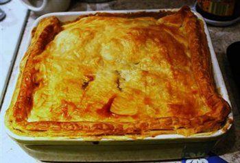 (British Pie) met heerlijke romige kip,champignons en groente.