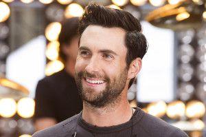 Sbirciando il look di Adam Levine… L'uomo più #sexy del 2103. Scopri il suo nuovo #hairLook !!!