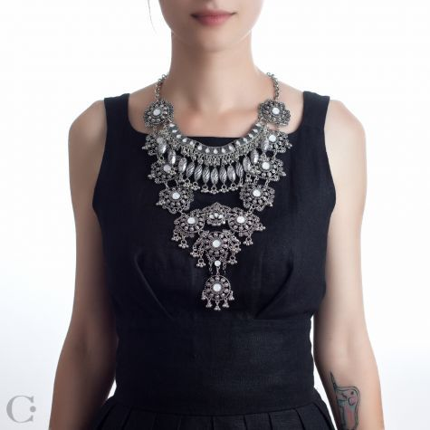 Statement :: Coliere Statement :: Colier Ayashe - Ayashe Statement Necklace :: See more at www.cassandras.ro
