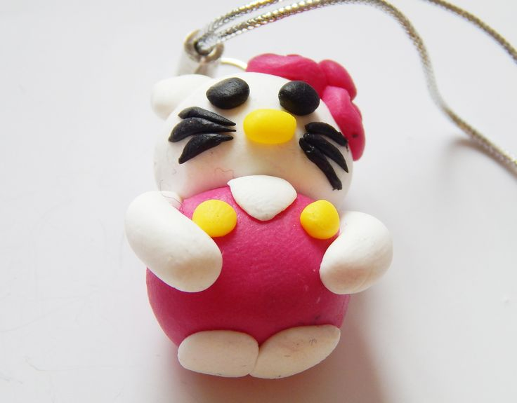 Pisica similara Hello Kitty
