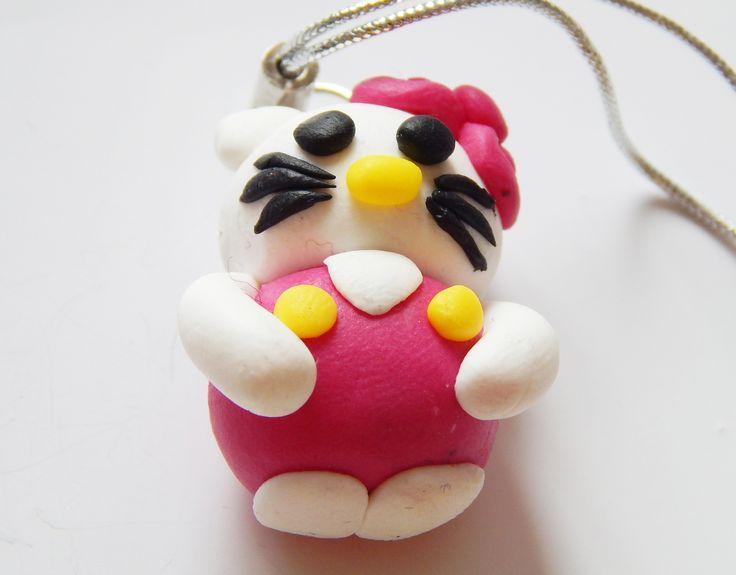 Pisica similara Hello Kitty