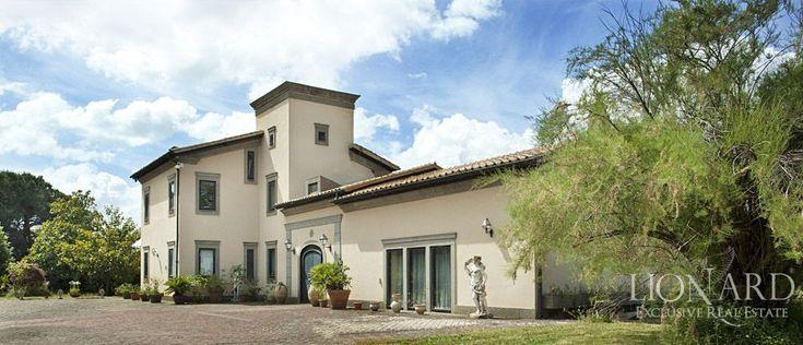 Luxury villa for sale   Lionard