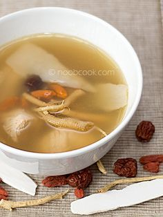 Easy recipe for Ginseng Chicken Soup, nourishing and delicious