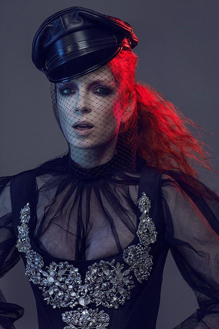 Shirley Manson by Zoey Grossman in NO TOFU MAGAZINE S '14 (via Fashionising)