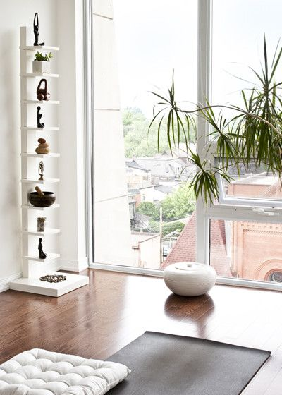 9 Cheap (Or Free!) Ways To Create A Blissful Home Practice Space | youandtheyogamat.com