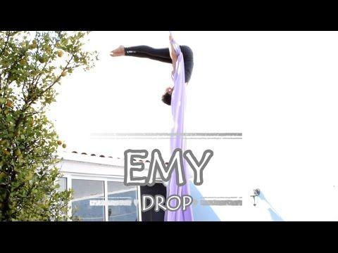 Flamingos (Aerial Silks // Danza Aérea) - YouTube