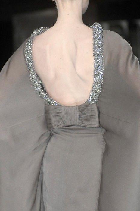 Valentino must be my fav designer ♥: Fashion Details, Valentino, Backless Dresses, Bows, Grey Dresses, Couture Fashion, Haute Couture, Back Details, Style Fashion