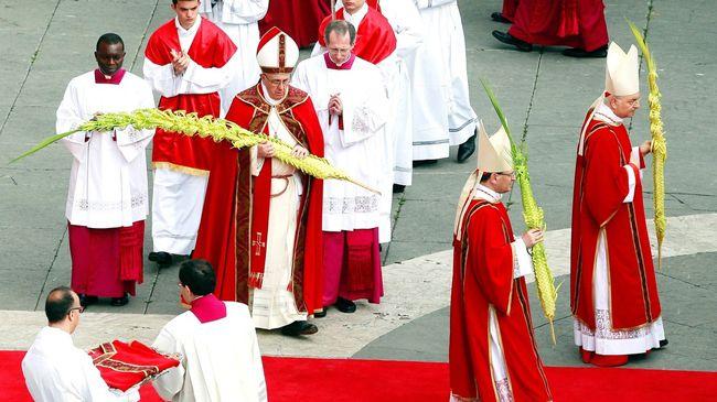 Papst Franziskus mit seinem Palmzweig