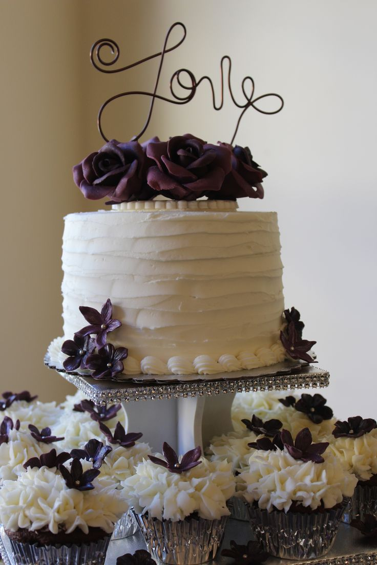 Wedding Eggplant Shade Fondant Roses Flowers Ercream Frosting Cake And Cupcakes