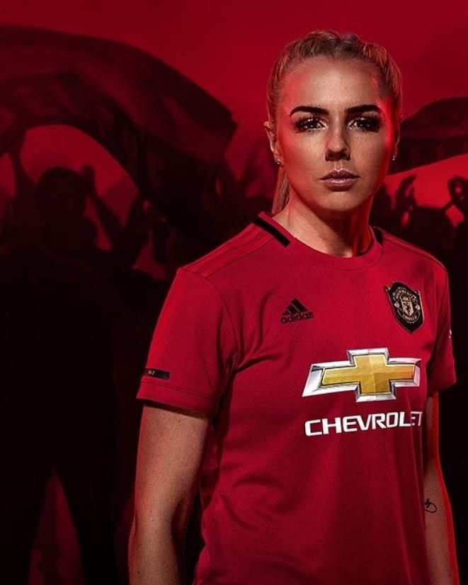 Alex Greenwood In New Kit Manchester United Wallpaper Man United Sports Women