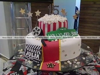 gateau-original-pour-mariage-theme-cinema-hollywood