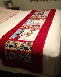 Resultado de imagen para pie de cama navideño