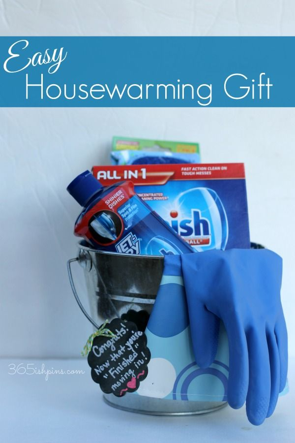 Create a fun and easy housewarming gift using Finish dishwashing detergent and a cute gift tag! #SparklySavings #CollectiveBias #shop