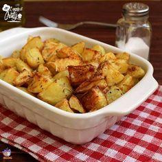 In questo articolo troverete il segreto per ottenere delle patate al forno croccanti e perfette come quelle della rosticceria !
