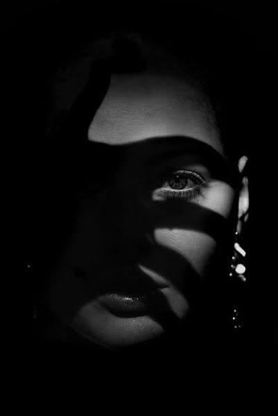 shadow | face | hand | dark | night | glamourous | www.republicofyou.com.au