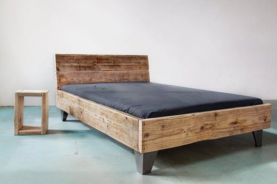 Upcycle Design Bett Model Sula Aus Bauholz Massivholz Dielen