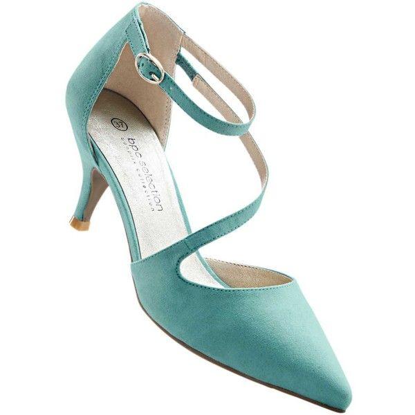 Punkten mit schickem Design die eleganten Pumps ($2,800) ❤ liked on Polyvore featuring shoes, pumps and velour shoes