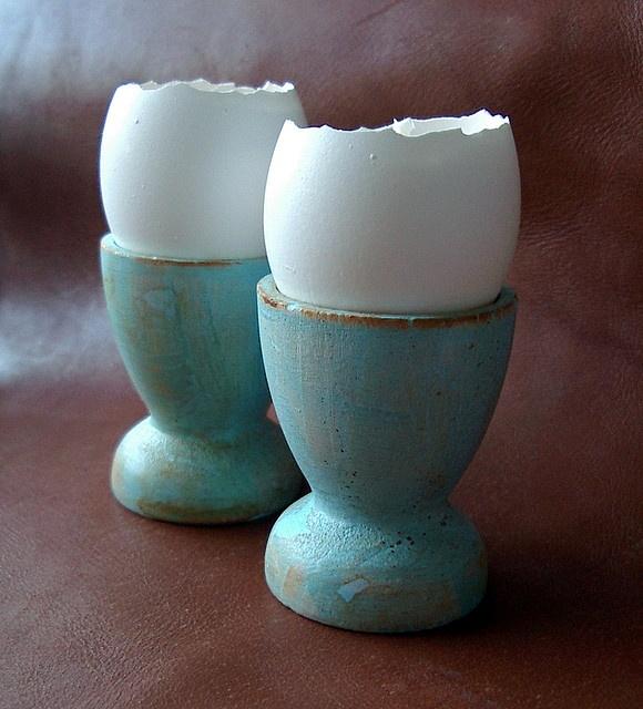 Put tea candles in the egg shell! sooo cute