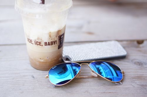 Get Ray Ban Sunglasses as a gift for your friends or family!