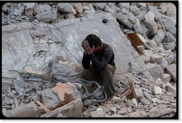 Après avoir étudié 150 sites frappés par l'aviation occidentale, le New York Times révèle l'ampleur des dommages collatéraux dans les opérations contre Daesh. La guerre « la moins transparente » de l'Histoire des États-Unis, selon les...