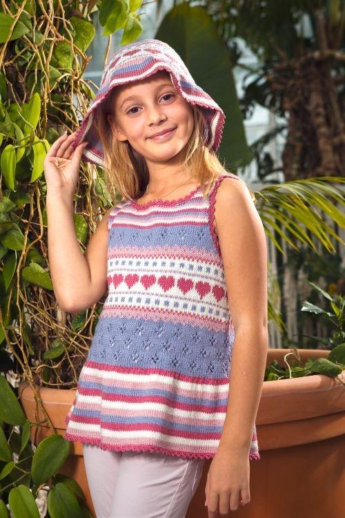 Tröja med hatt #knittingroom #stickat #garn #barn