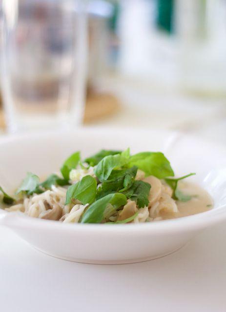 Hämmentäjä: Heavenly delicious shrimp laksa soup. Taivaallisen maukas kookoskeitto ravuilla.