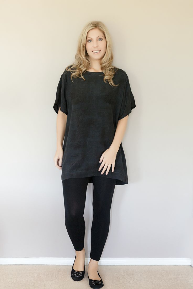 Sancerre Ava tunic in Navy with black print gorgoeus !! Perfect for day or night