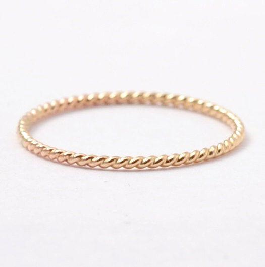 14K Gold Seil Ring Stapeln solide dünnen gelb von BlueRidgeNotions, $70.00