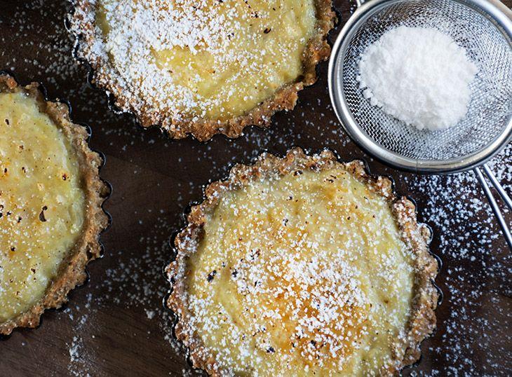 Toscana ristærte er en lille lækker italiensk kage som spises til enten morgenmad eller til en kaffe om eftermiddagen - få opskriften her