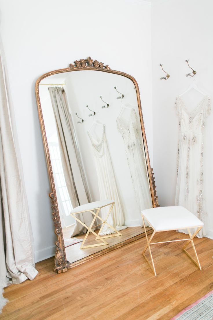 dressing room of our dreams | Design by Manderley Design Co. -  http://www.manderleydesignco.com/ | Photography: Matthew Land Studios - http://www.matthewland.com/