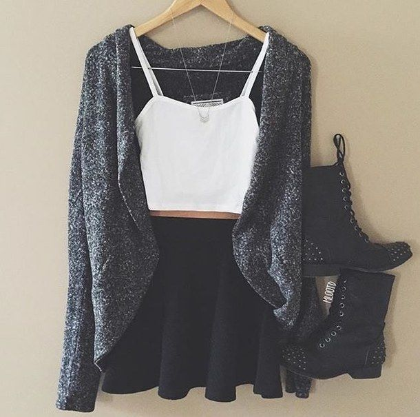 Love this outfit - image #3532388 by helena888 on Favim.com
