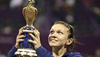 Wimbledon Tenis Turnuvası'nda tek bayanlarda, Rumen tenisçi Simona Halep, Alman Sabine Lisicki'yi mağlup ederek yarı finale yükseldi.