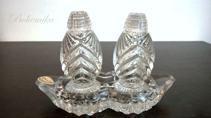 Vintage Antique Art Deco Czech Glass Salt Pepper Shakers Set Crystal Table Tray