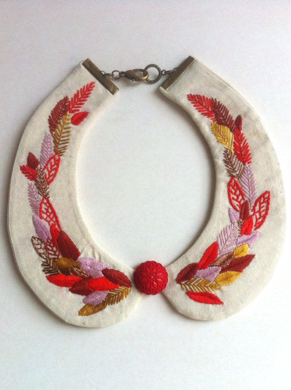 Red Peter pan embroidered necklace. Peter by CasaTiendadeAmeliaB