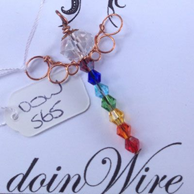 doinWire handcrafted copper wire angel with chakra crystals. DOW565