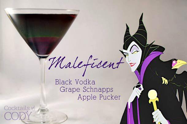 Cocktail Maléfique Vodka noire, ratafia de raisin, pomme ridée