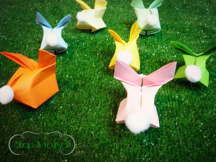 Idée de cadeau d'invité pour Pâques. Kit de réalisation en vente sur le site.  lapin origami. Déco Idea of favors for Easter. rabbit. DIY