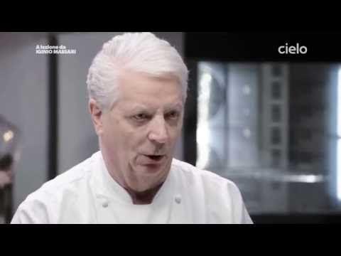 A lezione da Iginio Massari | La Pasta Sfoglia - YouTube