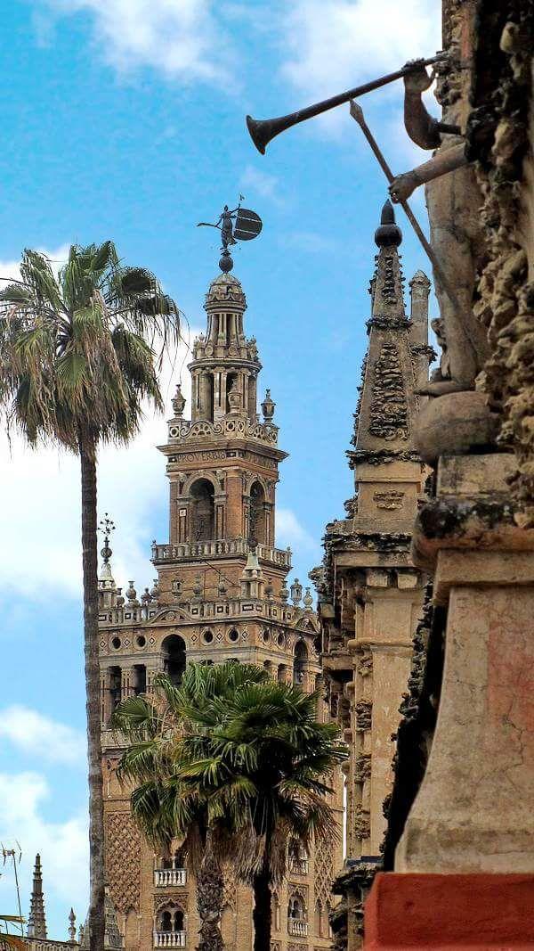 La Giralda. Sevilla. Spain. With Arturo Pérez-Reverte in The Seville Communion