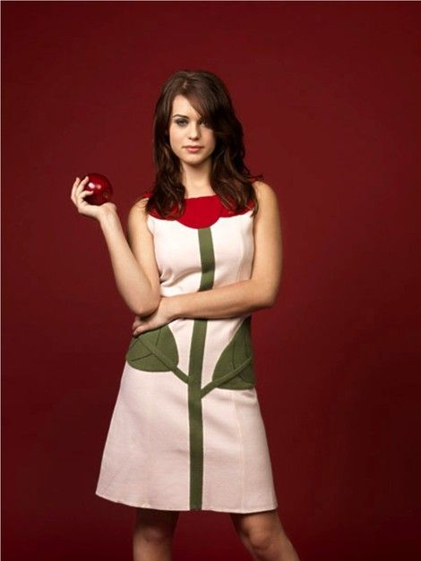 And have lyndsy fonseca dress