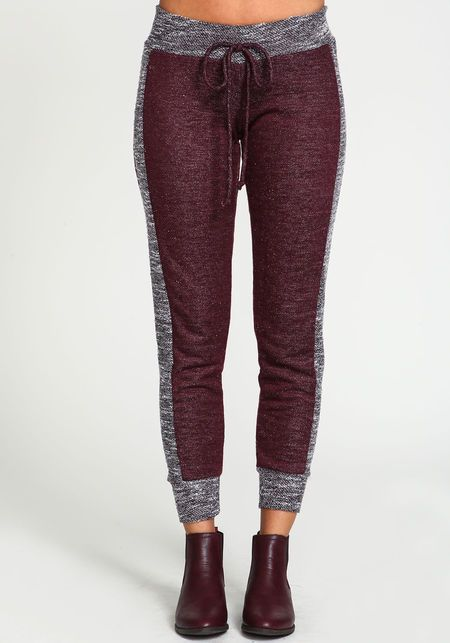 Contrast Jogger SweatpantsContrast Jogger Sweatpants in WINE- I love these for fall!