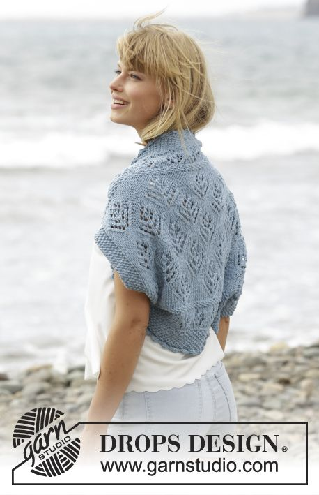 """Beach Bolero - A lovely shoulder piece with lace pattern and seed st in """"Big Merino"""". Free #knitting pattern by DROPS Design"""