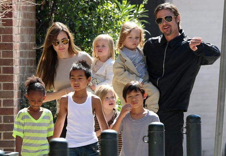 Top 10 vedete cu multi copii! http://www.tabu.ro/top-10-vedete-cu-multi-copii/