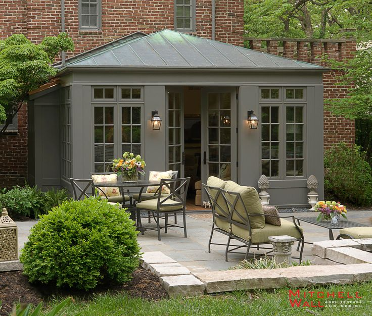 Fair Oaks | Charming outdoor living space with plantings.
