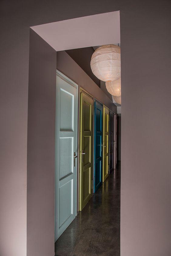 les 25 meilleures id es de la cat gorie peinture porte sur pinterest portes int rieures grises. Black Bedroom Furniture Sets. Home Design Ideas